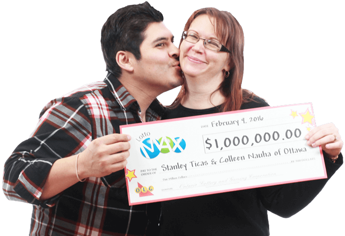 LOTTO MAX winners with cheque